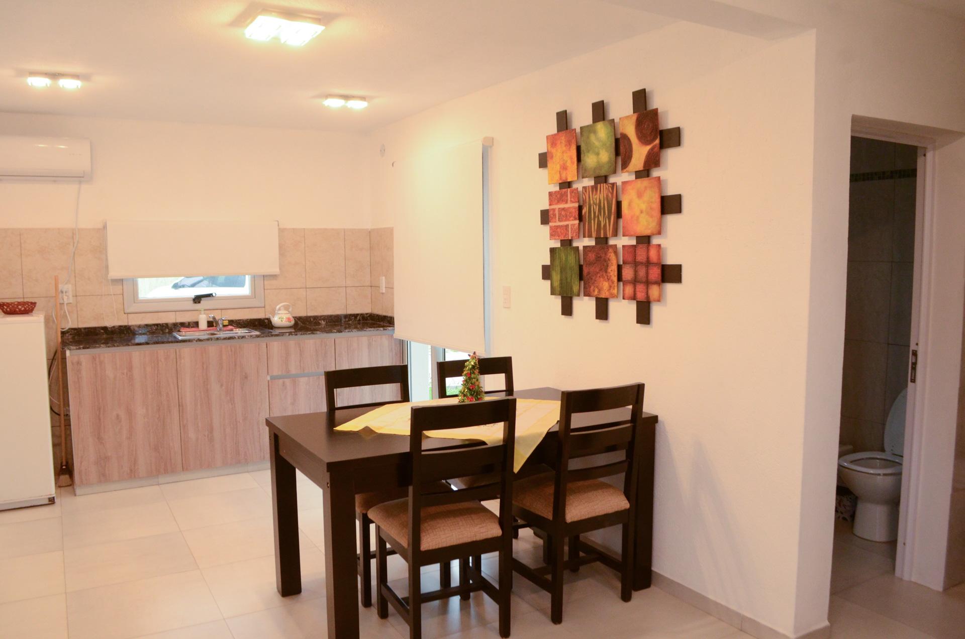 Living_cocina_hotel_Villa_General_Belgrano_Los_Condores_aparts1
